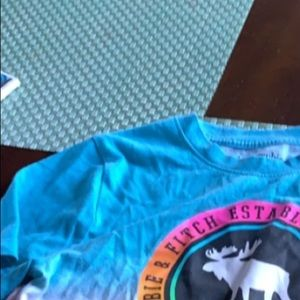 Boys Abercrombie  t shirt 11/12